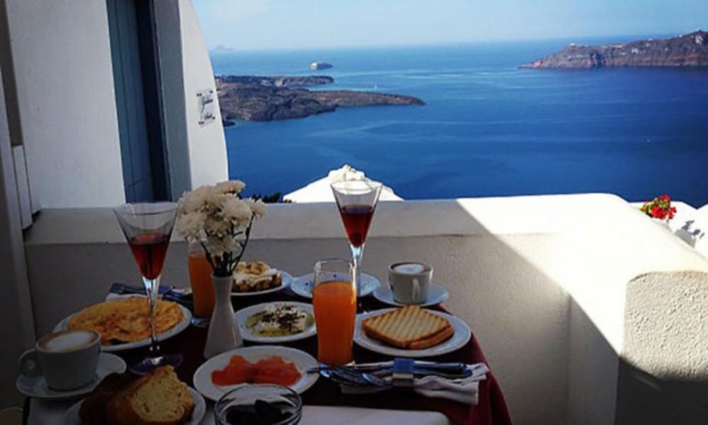breakfast ή δεκατιανο ;
